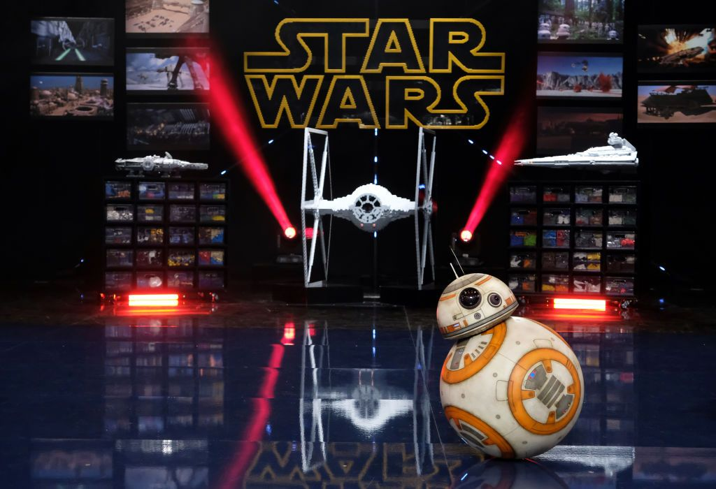 "Guest star BB-8 in the ""Star Wars"" episode of LEGO MASTERS airing on FOX"